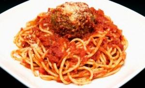 recette des boulettes de viande aux épices loubia sauce tomate pâte