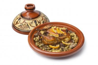 Tajine de poulet aux olives et épices