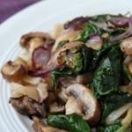 recette epinards champignons de paris épices indienne graines a roussir curcuma