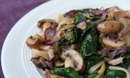 Recette des épinards aux champignons à l'Indienne