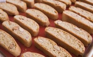 recette de biscuits italiens à l'anis et amandes