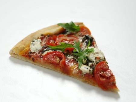 Recette : pizza maison aux tomates (facile)