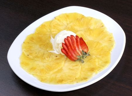 carpaccio d'ananas epices