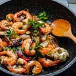 crevettes grillées au piment et yuzu