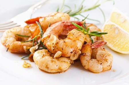 crevettes grillées épicées (baies tasmanie)