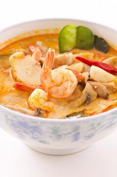 soupe thai de crevettes lait de coco curry rouge