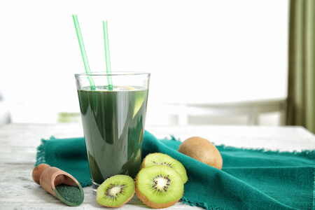 smoothie spiruline kiwi avocat