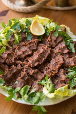 Recette : Cig köfte turques (boulettes de viande crues)
