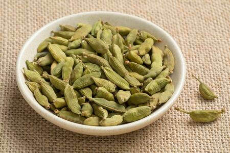 Les dangers et contre-indications de la cardamome ?